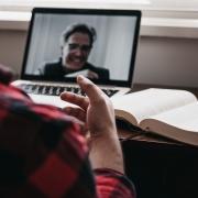 Hoe organiseer je een online event met impact?
